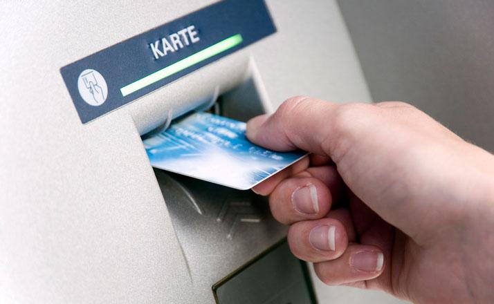 Vending machine mechanisms